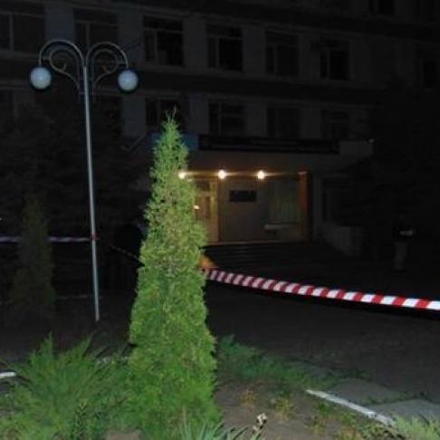 В Черкасах під відділком поліції стався вибух