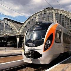 В «Укрзалізниці» повідомили, скільки квитків було продано у першу добу онлайн-продажу на швидкісний поїзд до Перемишля