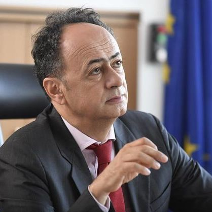 В Україні є група олігархів, які намагаються протистояти реформам - посол ЄС