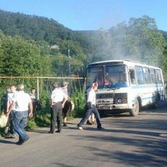 У Мукачево під час руху загорівся автобус: в салоні перебувало 67 пасажирів