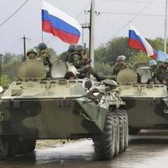 Росія вивозить із окупованих територій цілі будинки (відео)