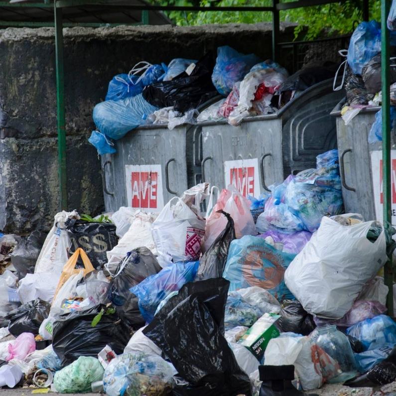 Зі Львова вивезли 92% перенакопиченого сміття, – ОДА