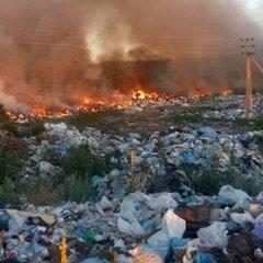 Під Києвом горіло несанкціоноване сміттєзвалище