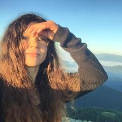 Руслана Купальську ніч провела в горах та знайшла цвіт папороті (фото, відео)