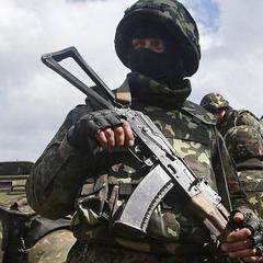 Четверо українських військових за минулу добу загинули на території зони АТО внаслідок обстрілів бойовиків