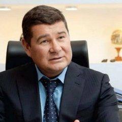 Онищенко заявив, що його мамі дали притулок в Іспанії