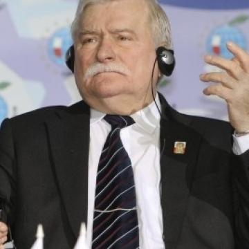 Екс-президента Польщі і лауреата Нобелівської премії миру Леха Валенсу шпиталізували