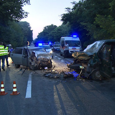 Нічна ДТП на Вінниччині: через лобове зіткнення автівок загинуло четверо осіб (фото)