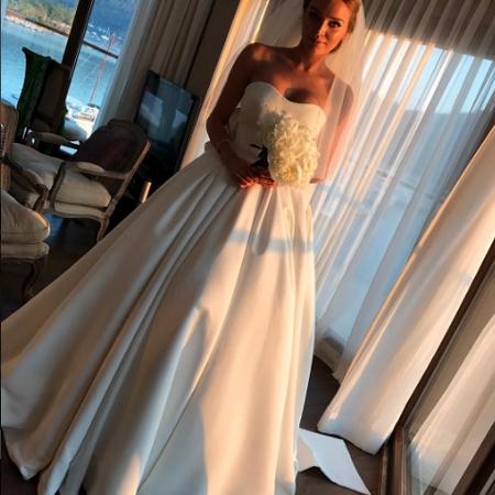 Весільна сукня дочки Добкіна коштувала майже 4 річних татових зарплати (фото)