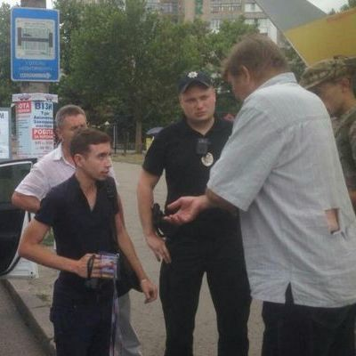 У Миколаєві водії маршруток побили журналіста, який проводив розслідування