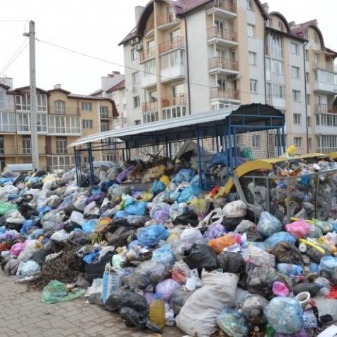 У Львівській ОДА запевнили, що місто цілком очищене від сміття