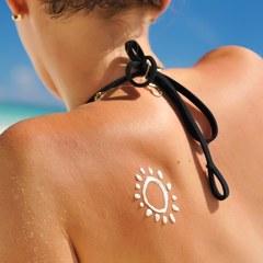 Як правильно наносити сонцезахисний крем: рекомендації дерматологів