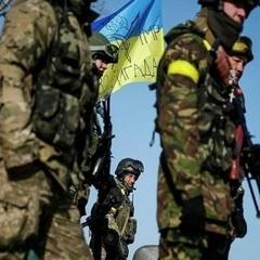 В результаті обстрілу бойовиків загинув один український військовий, ще троє були поранені, - штаб АТО