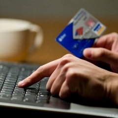Інтернет-шахраї виманили у чоловіка 230 тисяч гривень