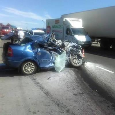 На трасі «Київ-Одеса» «Opel» зіткнувся із рейсовим автобусом, жінка-водій загинула