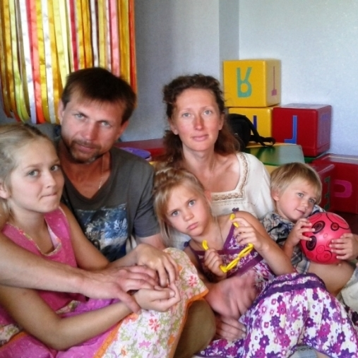 На Житомирщині у вегетаріанців відібрали 3-х дітей