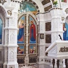 На Тернопільщині у церкві з'явився унікальний іконостас (фото)
