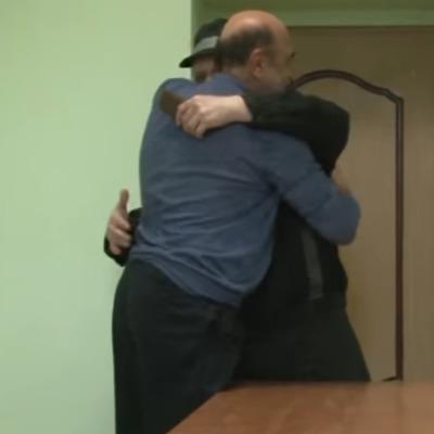 Опубліковано відео зустрічі Рабиновича і політв'язня Карпюка в російській в'язниці (відео)