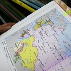 Російським школярам раз на місяць будуть розповідати про «возз'єднання» Криму з РФ і санкції Заходу