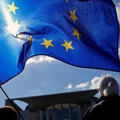 Опитування: скільки українців готові шукати роботу в ЄС