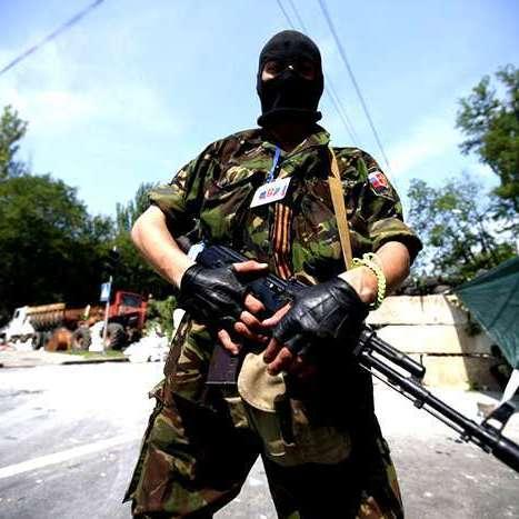 У Луганську бойовики масово перевіряють квартири у пошуках «підозрілих громадян»