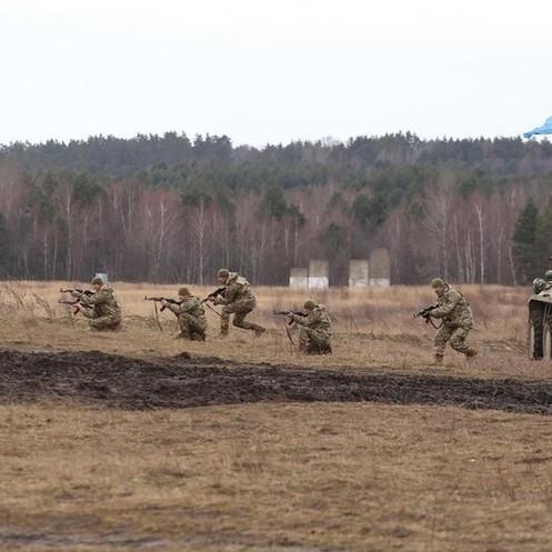 На Дніпропетровщині під час військових навчань на полігоні стався вибух: 8 постраждалих