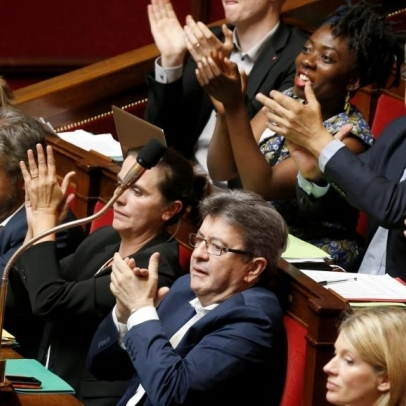 Французьким депутатам дозволили засідати без піджаків і краваток