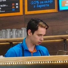 Баристу з Києва, який ображав патріотів, звільнили з кафе