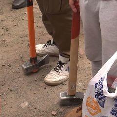 У Конча-Заспі влаштували бійку через паркан біля пляжу (фото, відео)