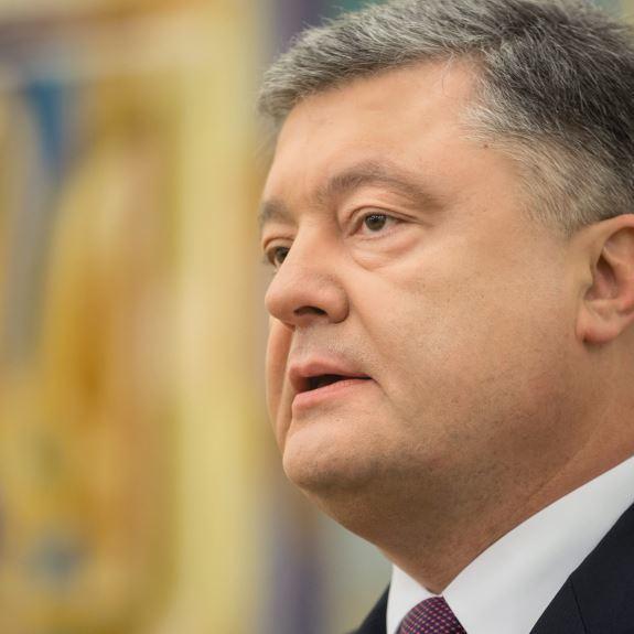Порошенко привітав з річницею визволення жителів Сєвєродонецька, Лисичанська та Рубіжного