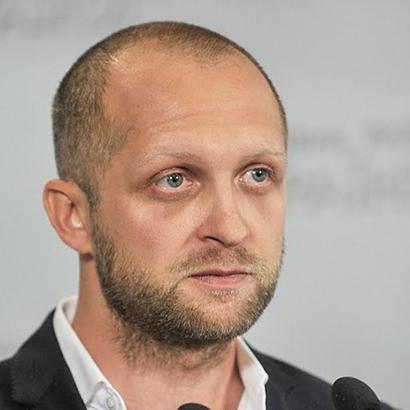 Адвокати Полякова заявили, що він не збирається носити браслет – САП