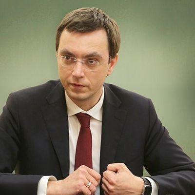 Омелян розповів коли в Україні розпочнеться будівництво платних доріг і скільки коштуватиме проїзд по них