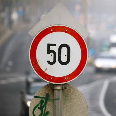 В Уряді узгодили проект про зменшення швидкості руху в денний час