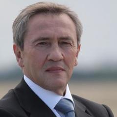 Суд дозволив затримати Черновецького