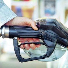 Британія з 2040 року планує заборонити авто на бензині і дизелі