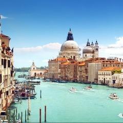 450 євро за купання в каналі: влада Венеції затвердила серйозні штрафи для туристів