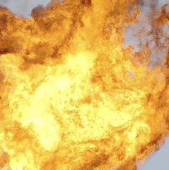 У Києві стався вибух у житловому будинку, проводиться евакуація (фото)