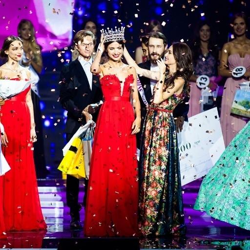 Претендентки на звання «Міс Україна» пройшли цікавий конкурс на воді (відео)