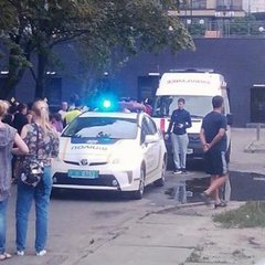 Масова бійка біля житлового будинку сталася у Києві