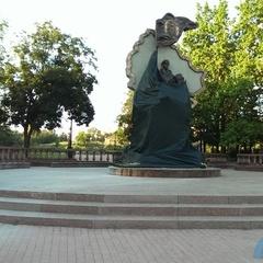Вночі у Луганську підірвали пам'ятник бойовикам «ЛНР»