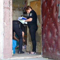 Мертве немовля знайшли у сміттєпроводі у Миколаєві (відео)