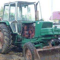 На Львівщині трактор переїхав свого власника