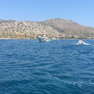 У Туреччині затонув човен з туристами, є загиблі