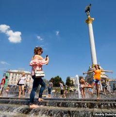 У Києві 3 серпня очікують спеку до 37°, ДСНС радить не перебувати довго на сонці