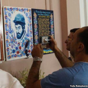 У Дніпрі вшанували пам'ять героя Небесної сотні Сергія Нігояна виставкою картин (фото)
