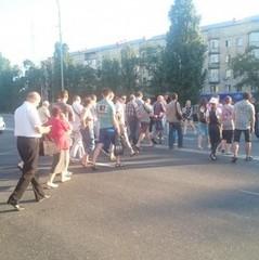 Кияни перекрили рух на Дарницькій площі, вимагаючи підключення електроенергії