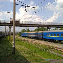 Екстремальне селфі на потязі ледь не коштувало 18-річному хмельничанину життя