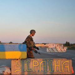 Бойовики протягом дня здійснюють до 10 обстрілів українських позицій із легкого озброєння, - штаб АТО
