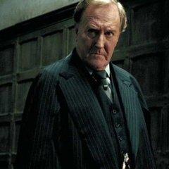 Помер британський актор, який зіграв роль міністра магії Корнеліуса у фільмі «Гаррі Поттер»