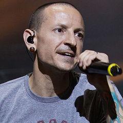 Речі з похорону лідера Linkin Park намагалися продати в Інтернеті (фото)